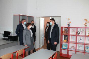 Заместитель Губернатора Ростовской области посетил МБОУ Обливскую СОШ № 1